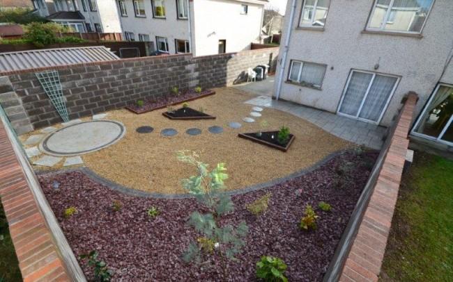 Rosemarys back garden 3